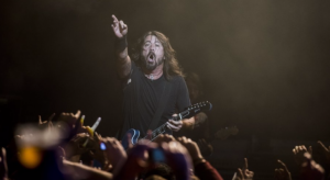 foo-fighters-barcelona-david-grohl-2017